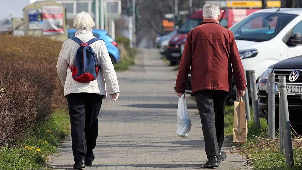 Freiwillige Quarantäne für Senioren wegen Corona