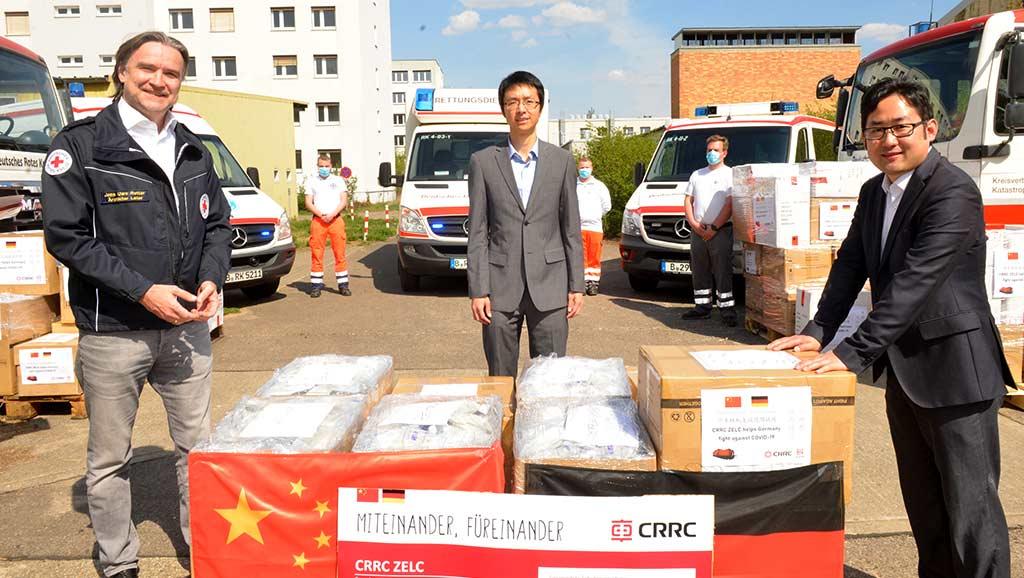 Übergabe CRRC Mundschutz