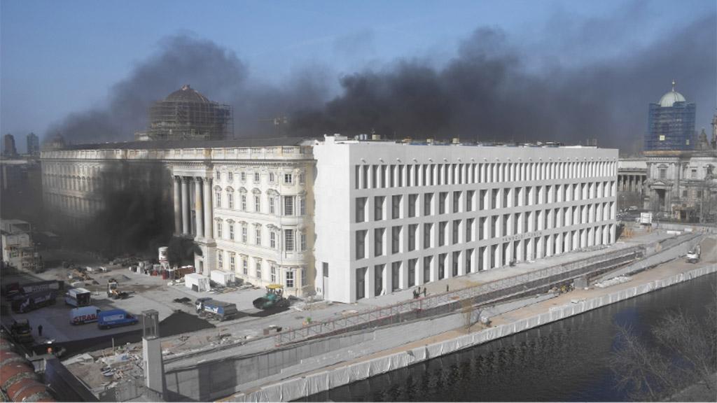 Brand im neuen Berliner Stadtschloss