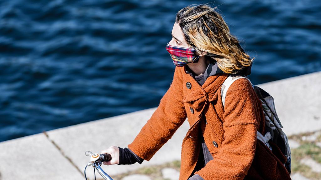Berlin: Das Tragen von Stoffmasken bleibt vorerst freiwillig