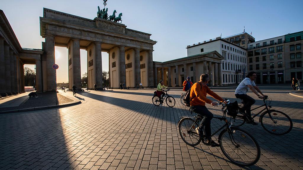Initiative fordert mehr Platz für Rad- und Fußverkehr in Berlin