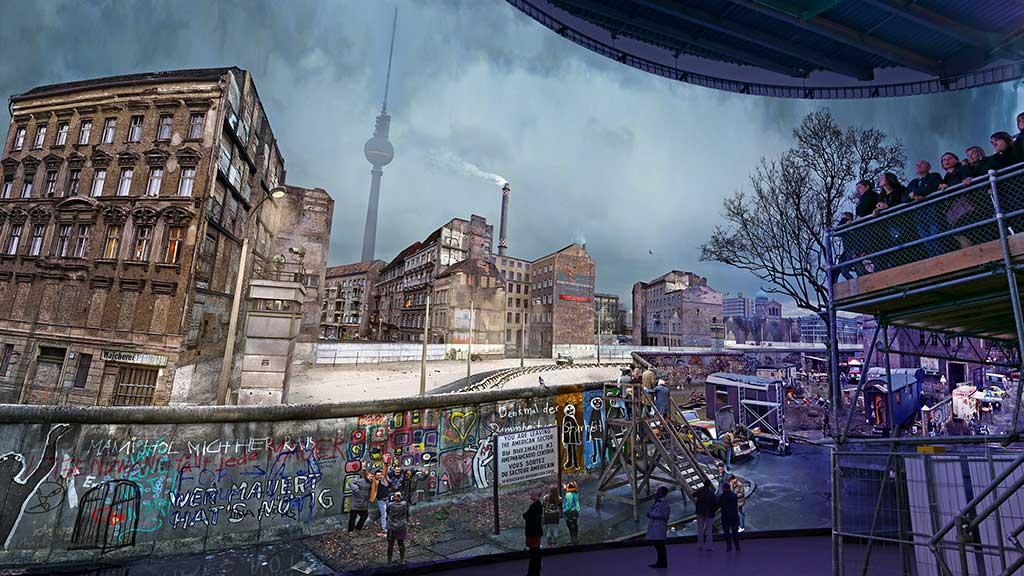 """Yadegar Asisis """"Die Mauer"""": Leben mit dem Todesstreifen"""