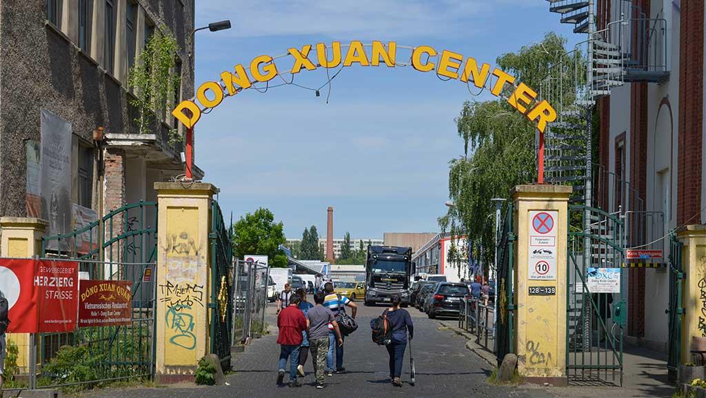 Berlin-Lichtenberg: Dong-Xuan-Mieter helfen in der Krise