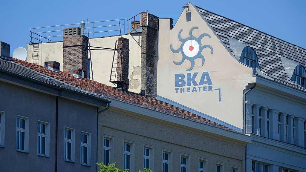 Berlin-Kreuzberg: Live aus dem BKA Theater