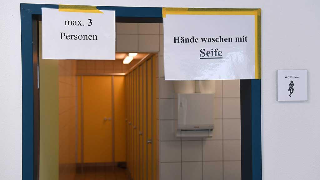Berlin-Charlottenburg: Saubere Schulen in Corona-Zeiten