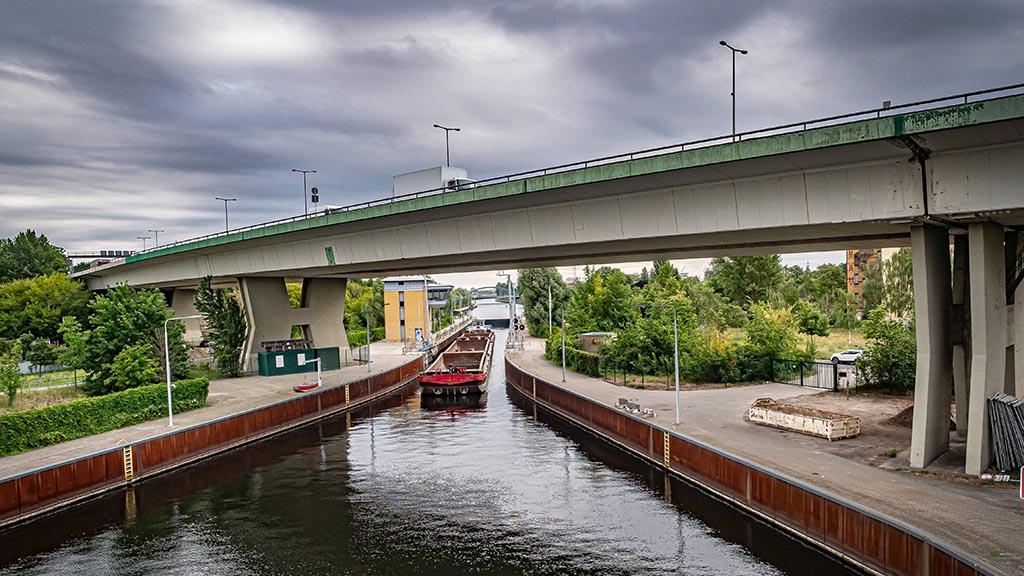 Berlins längste Brücke soll unter die Erde