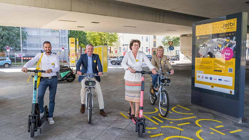 Berliner Südwesten: Neuer Knotenpunkt am Breitenbachplatz