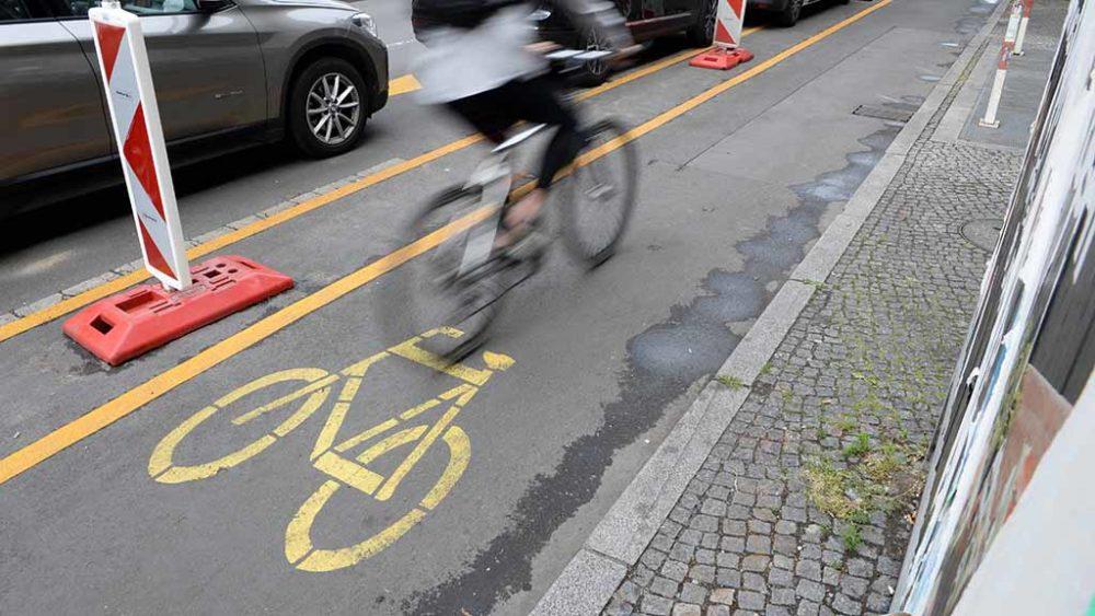 Pop-up-Radwege: Mehr Platz auf Zeit für Radfahrer in Berlin