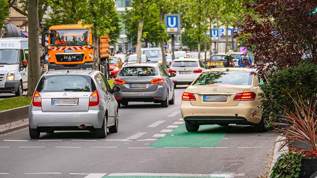 Berlin-Steglitz: Schloßstraße soll Parkplätze verlieren