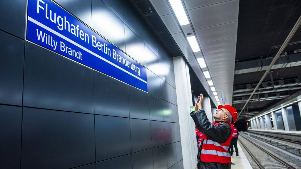 Flughafen BER: S-Bahn startet vor dem Eröffnungstermin