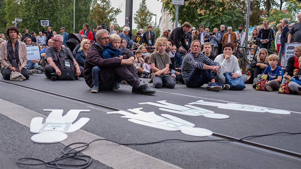 Berlin-Mitte: Die Invalidenstraße bekommt einen Radstreifen