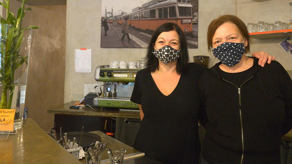 Evelyn und Julia Csabai vom Restaurant Lolawashere