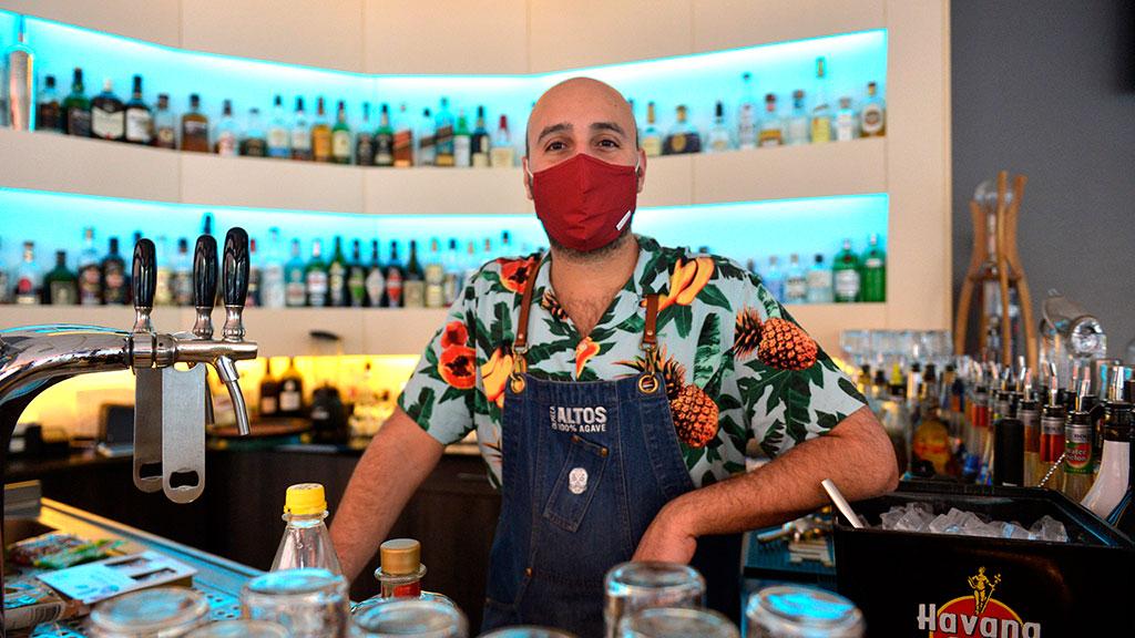 Michel Szpanelewski von der Posh-Bar am Potsdamer Platz