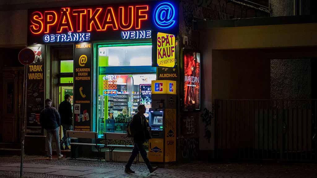 Gericht kippt die Berliner Sperrstunde