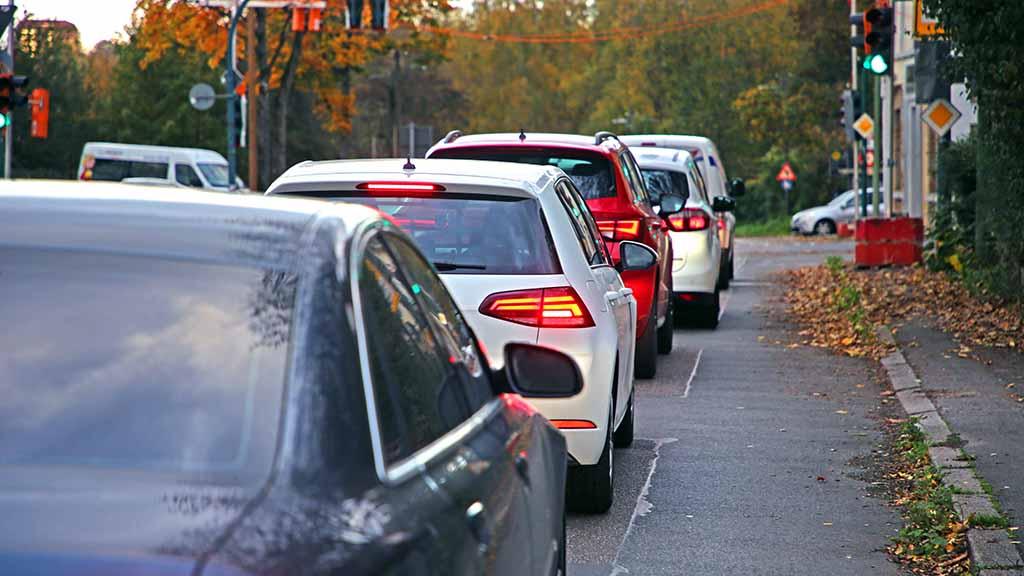 Berlin-Spandau: Linke will weniger Platz für Autos