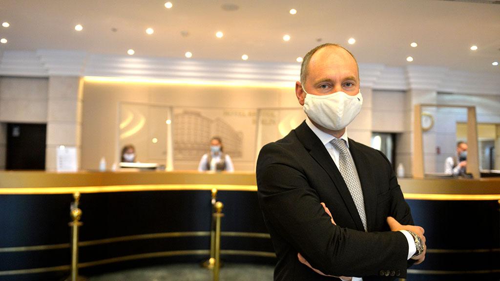 """Stefan Athmann, General Manager   des Bristol Berlin Hotel: """"Wir erwarten massive Umsatzeinbrüche"""""""