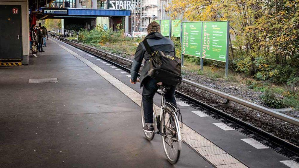 Kennzeichen für Fahrräder gegen Anarchie im Berliner Verkehr