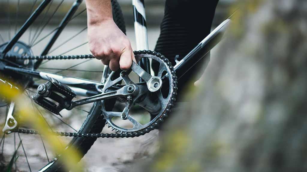 Berlin-Reinickendorf: Mini-Fahrradwerkstatt am Rathaus eröffnet