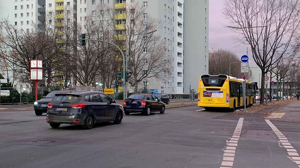 Berlin-Reinickendorf: Neue Busspur erntet Kritik