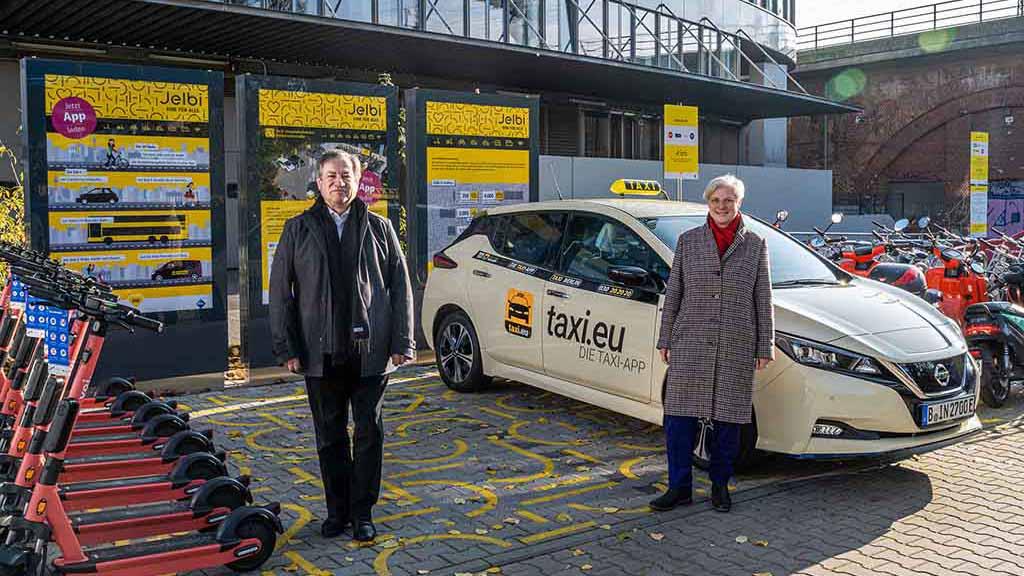 Berliner Mobilitätsplattform Jelbi fährt jetzt auch Taxi
