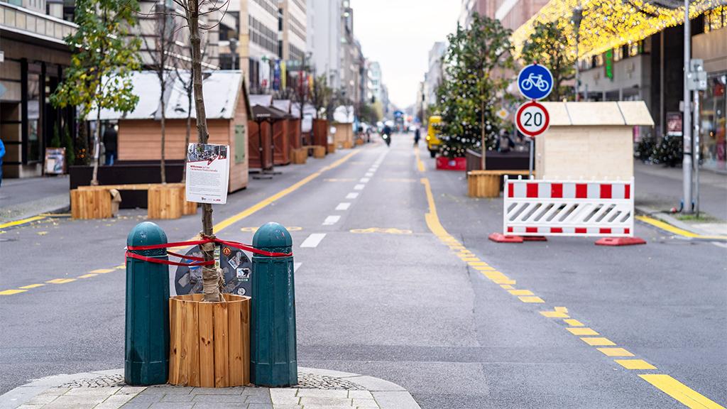 Berlin-Mitte: Friedrichstraße könnte deutlich länger autofrei bleiben als bislang geplant