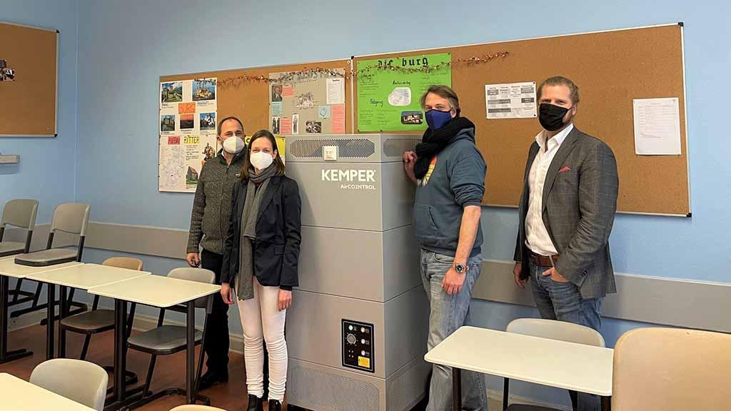 Berlin-Zehlendorf: Startschuss für mobile Luftreiniger an Schulen