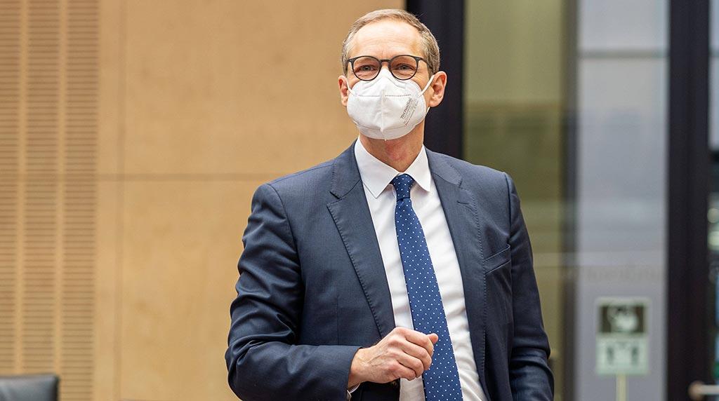 Mehr Homeoffice gegen Corona: Michael Müller fordert, was seine Ämter nicht liefern