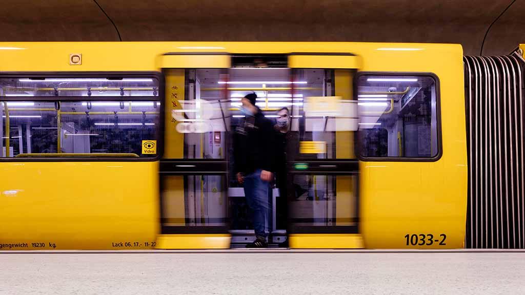 Berliner Nahverkehr: U9 bleibt nach Brand unterbrochen