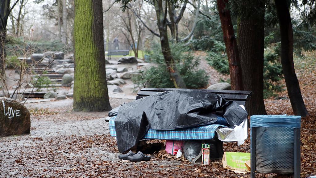 Charlottenburg-Wilmersdorf: Wohnungen für Obdachlose anbieten