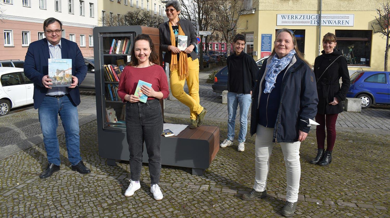 Berliner Kaskelkiez: Neuer Tauschplatz für Bücher