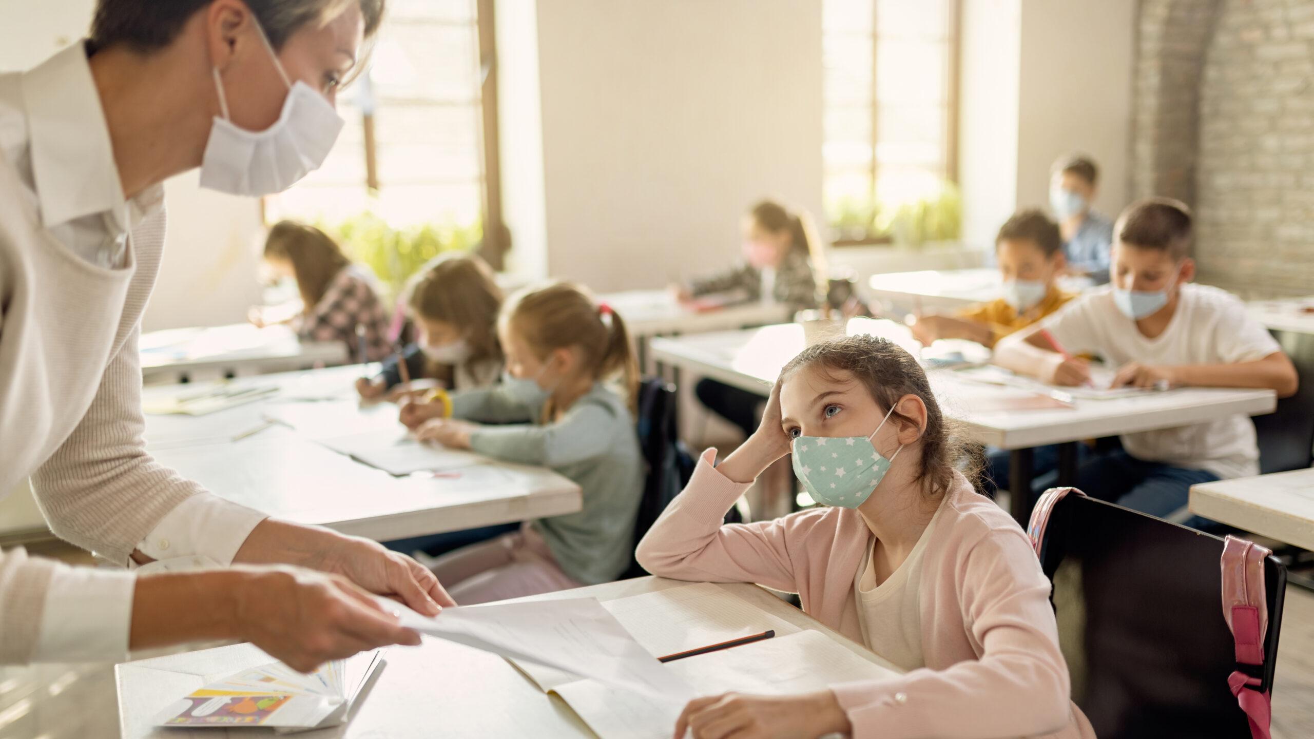 Neukölln: Luftreinigungsgeräte für die Walter-Gropius-Schule