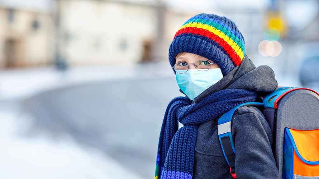 Schulöffnung Corona Lockdown Mund-Nasen-Bedeckung