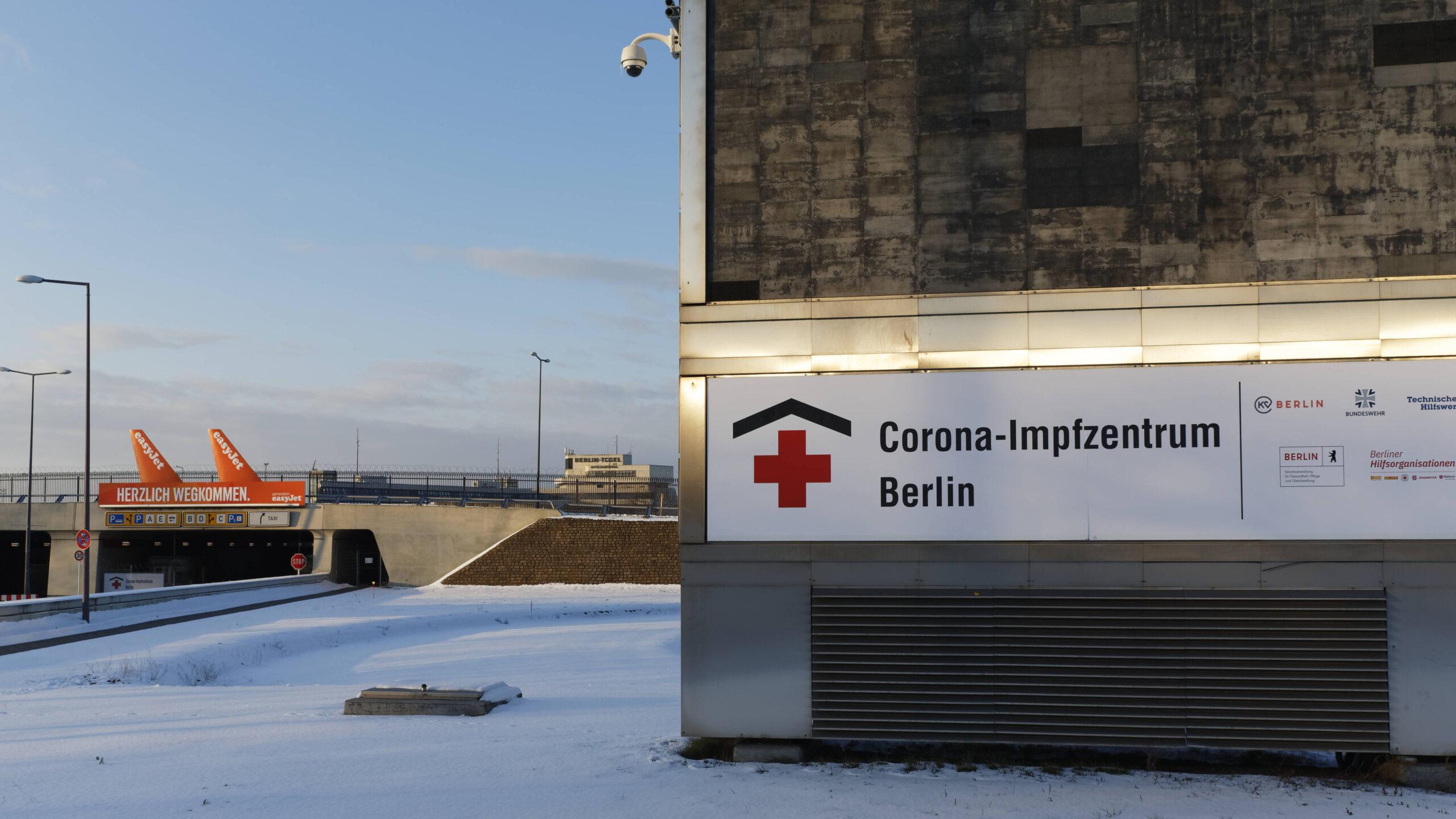 """Impfzentrum für """"Junge"""" in Tegel eröffnet"""