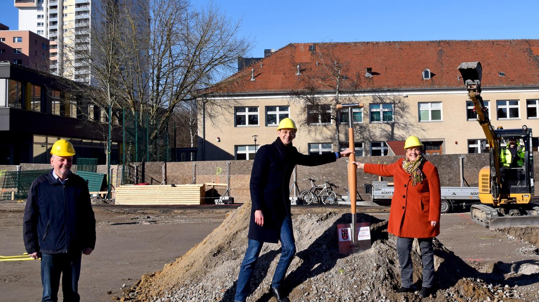 Neukölln: Baustart für das Zentrum für Sprache und Bewegung am Campus Efeuweg