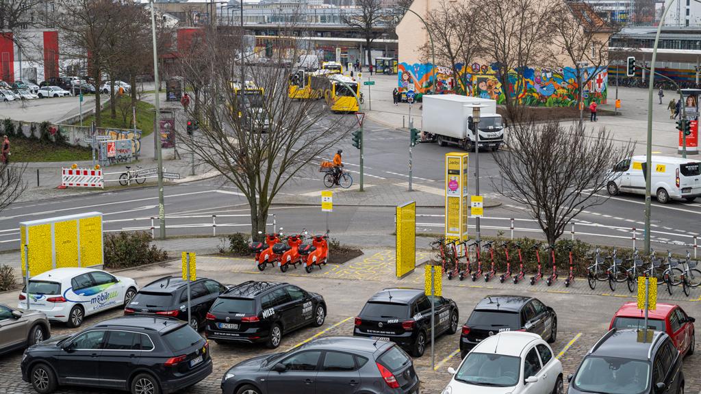 Jelbi: Neuer Sharing-Point am Bahnhof Lichtenberg