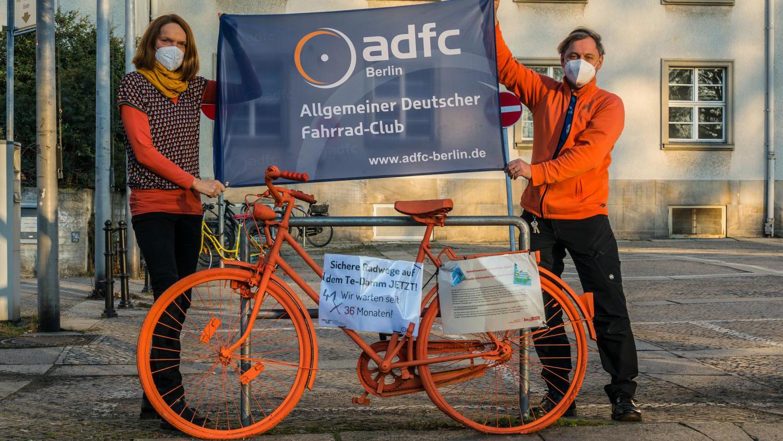 Radfahrer rufen zur Demo für Radwege am Tempelhofer Damm auf