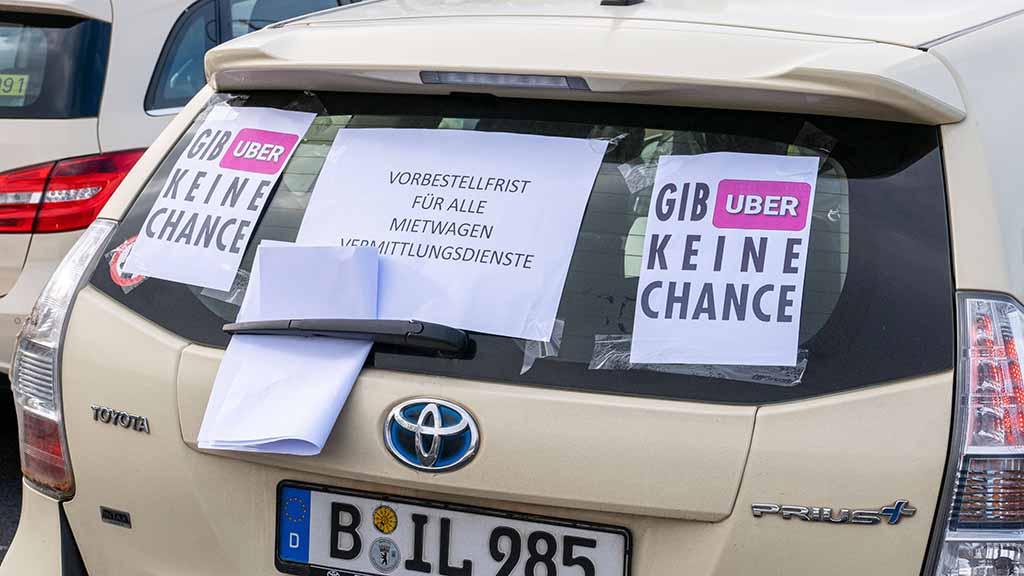 Streit um Lockerungen für Uber und Co