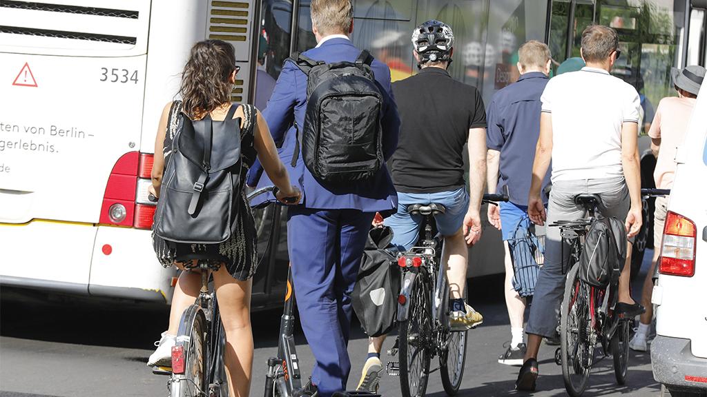 Verkehr in Pandemie-Zeiten: Mehr Radfahrer in Berlin unterwegs