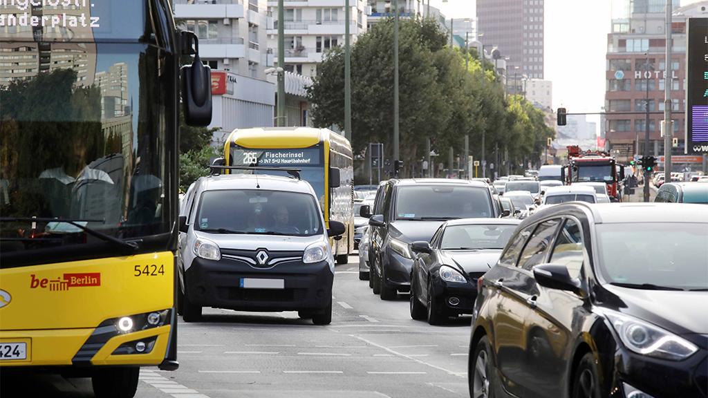 Leipziger Straße: Demo für autofreie Sonntage