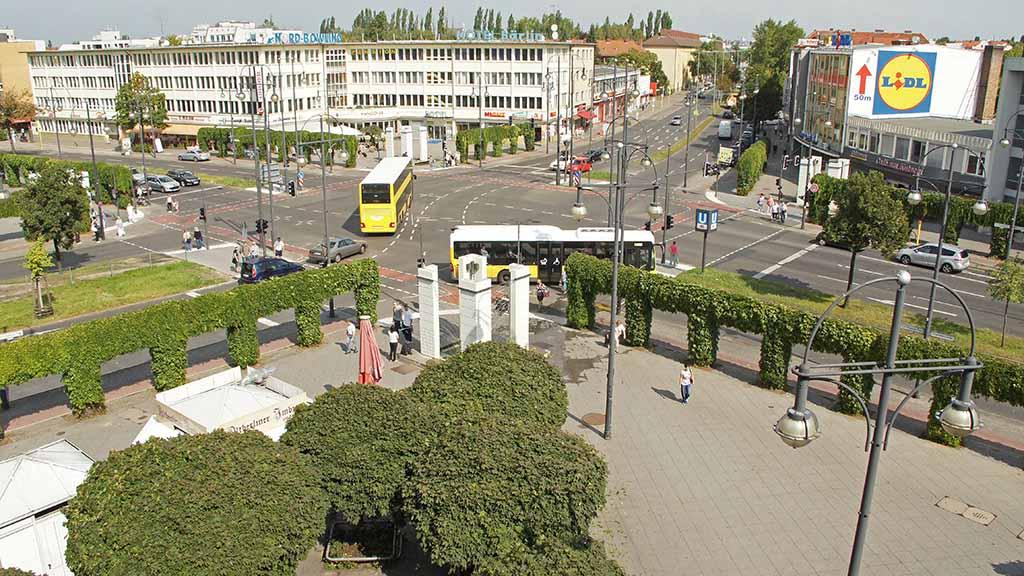Kurt-Schumacher-Platz in Reinickendorf: Positives Echo für Hochhaus-Vision