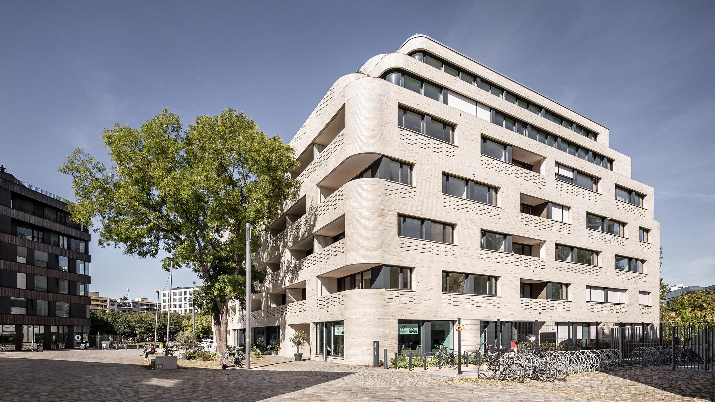 NeuHouse-Immobilie in Kreuzberg nun fertig und bewohnt