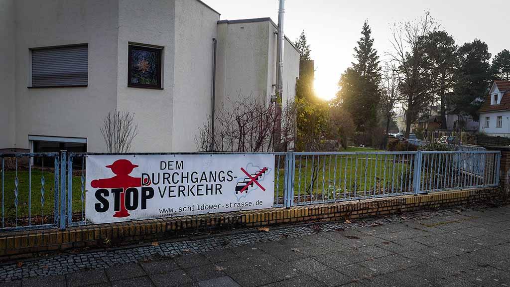 Berlin-Hermsdorf: Anwalt soll Straßensperren im Waldseeviertel durchsetzen