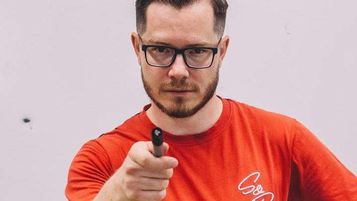 Neuköllner Lehrer dreht mit seinen Schülern Videos für Tiktok