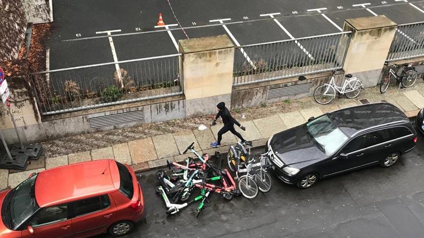 Sophienstraße in Mitte: Leihradstapel zeigen Wirkung