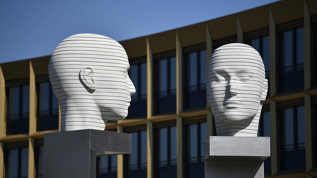 Berlin-Adlershof: Wissen kann trotz Krise wirtschaften