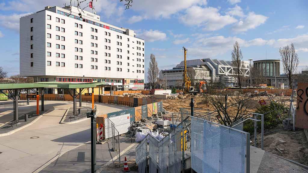 Noch ein Millionengrab: Beim Berliner ZOB explodieren die Kosten