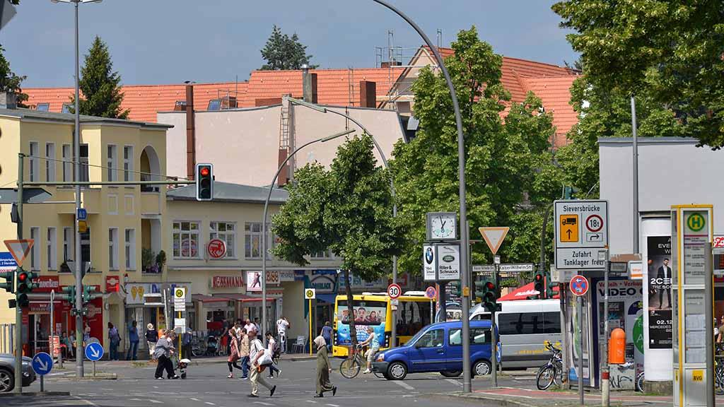 Steglitz-Zehlendorf: Neuer Radweg kostet Hunderte Parkplätze