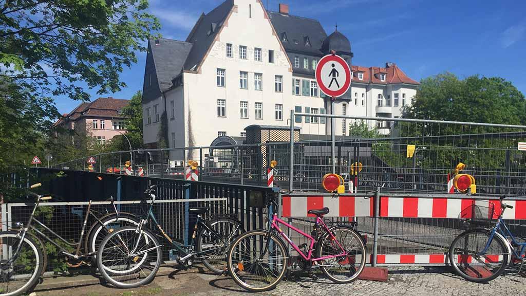 Steglitz-Zehlendorf: Die marode Moltkebrücke verschwindet