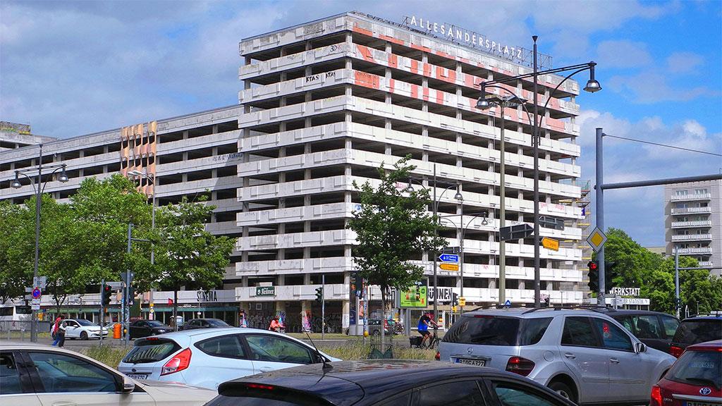 Berlin-Mitte: Haus der Statistik startet in den Sommer