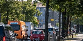 Ollenhauerstraße Kurt-Schumacher-Platz. IMAGO/Jürgen Ritter